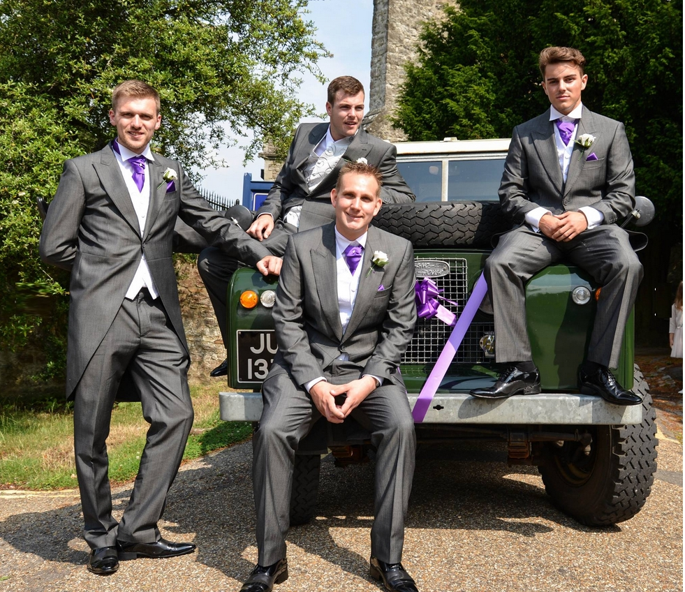 Groom Land Rover