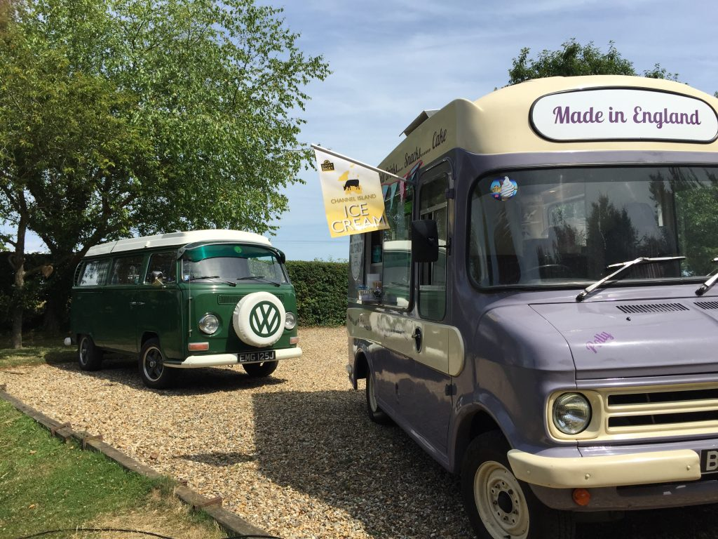 Polly's Pantry - Vintage Ice Cream Van Hire in Kent