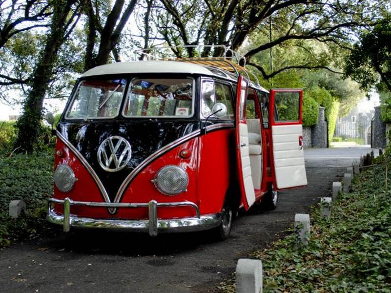 ABIGAIL – 1963 VW Splitscreen SAMBA Camper Wedding Car