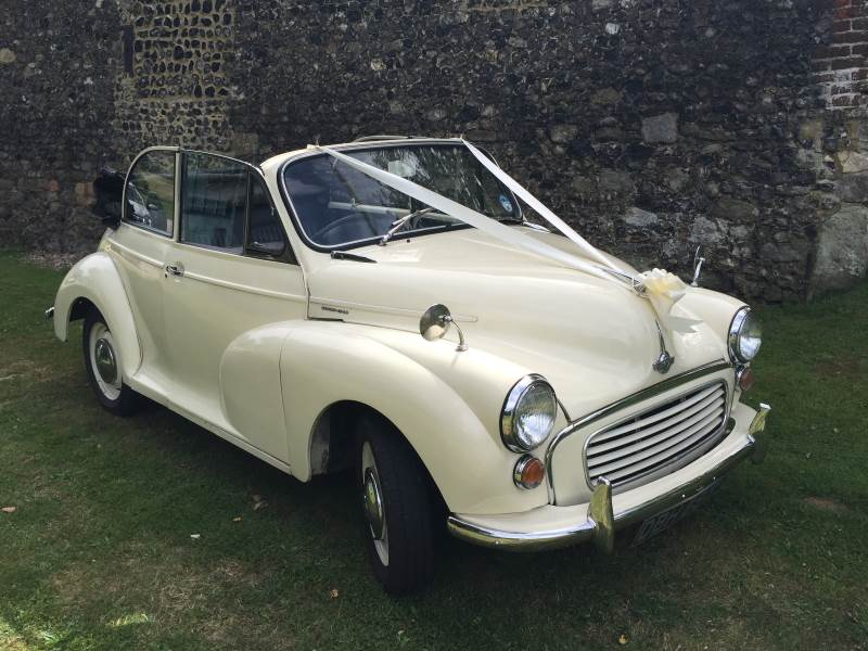 DIBBLE – 1968 Morris Minor Convertible Wedding Car