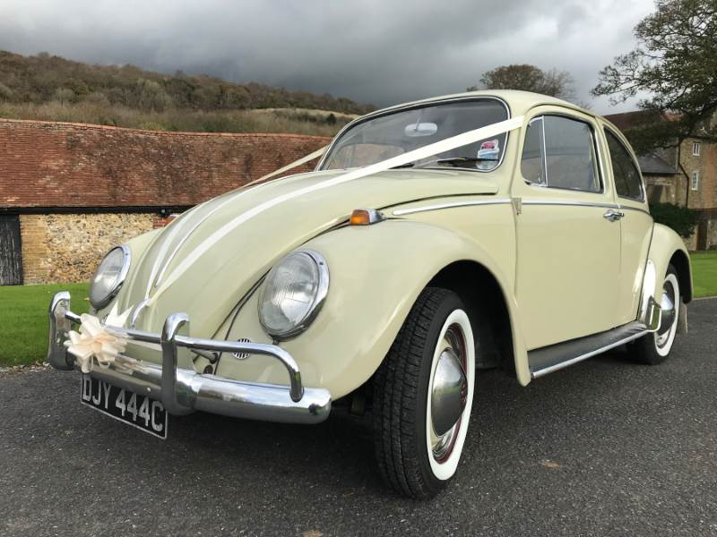 ISABELLA – 1965 VW Beetle Wedding Car